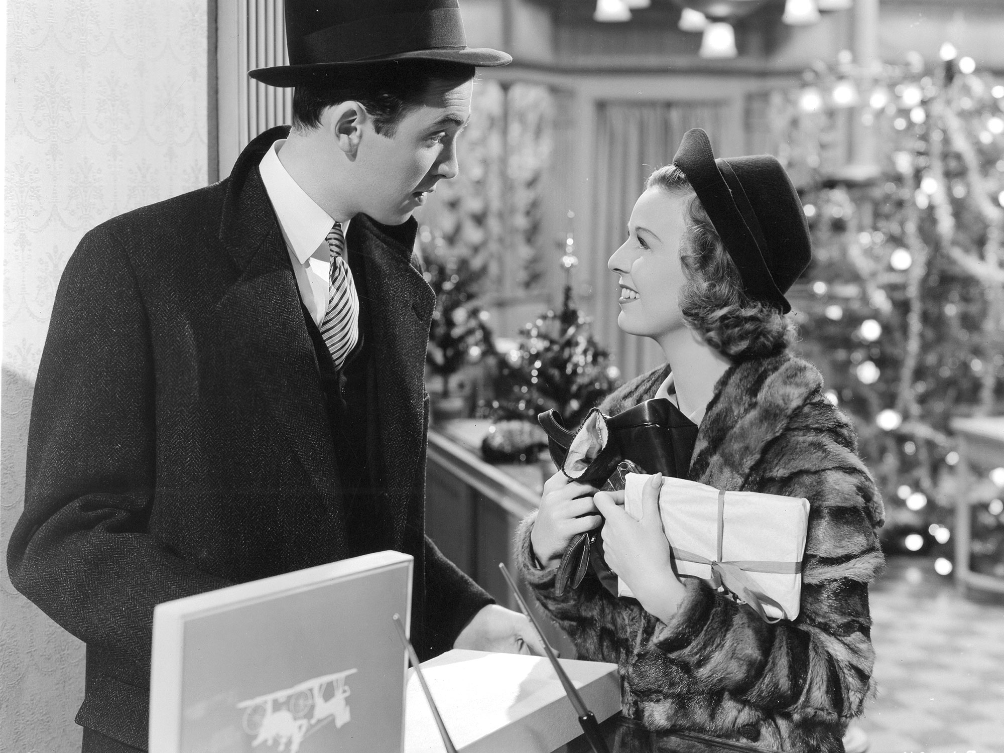 My favorite classic Christmas movies - Capturing Our Days
