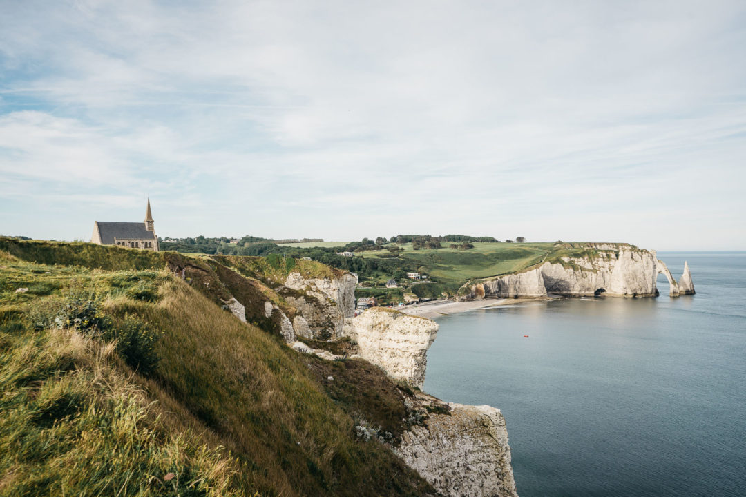 A view of the cliffs of Étretat and the city